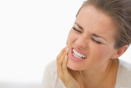 15 PAINLESS HOME CURE TO GET RELIEF AND EASE FROM A TOOTHACHE