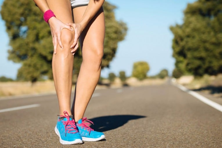 19 Simple Yet Effective Home Remedies for Knee Pain