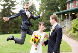 75 Magnificent And Most Stupid Wedding Photobombs That Will Make Your Day