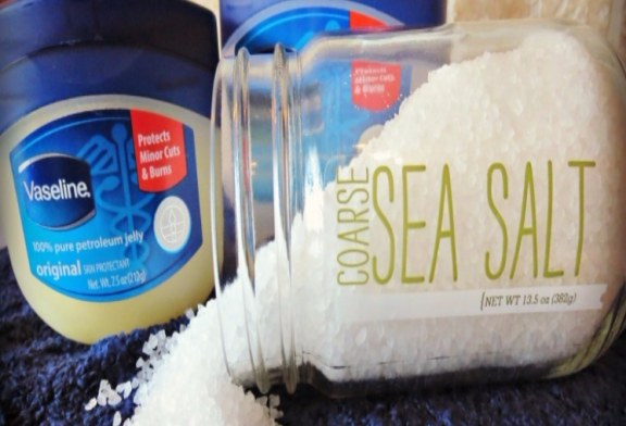 30 Petroleum Jelly Life Hacks For Everyday Use
